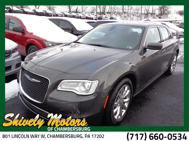 Pre Owned 2017 Chrysler 300 Limited
